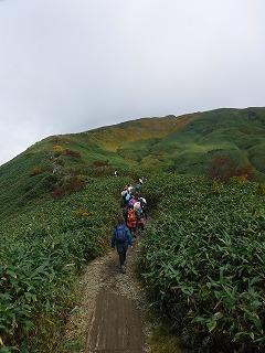 山頂まであと一息
